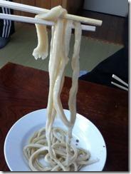 きよちゃんうどんの麺